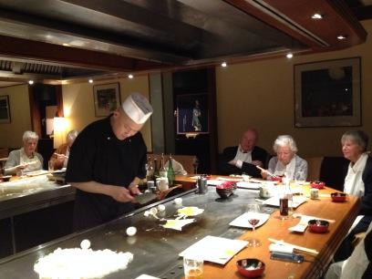 Japanse kok aan het werk